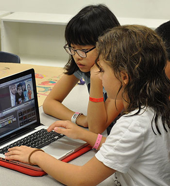 students learn video animation